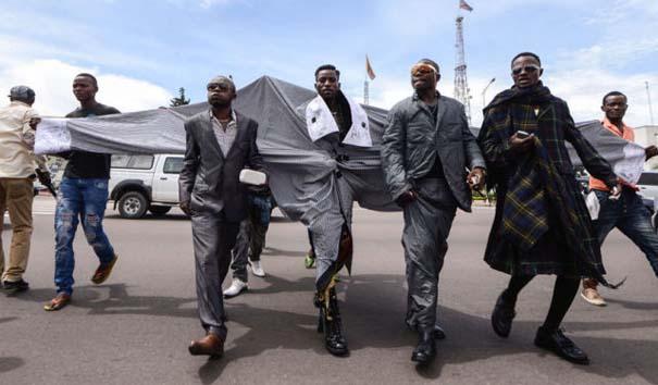Οι... μοδάτοι άνδρες του Κονγκό (10)