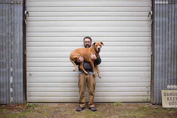 Ζώα από καταφύγια φωτογραφίζονται με τους ανθρώπους που τα υιοθέτησαν (10)