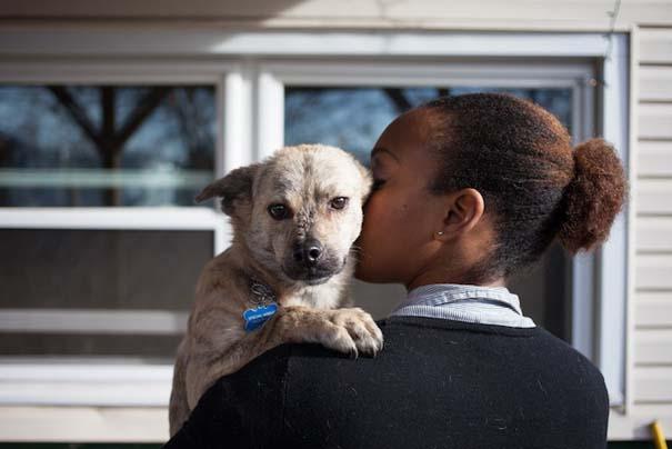 Ζώα από καταφύγια φωτογραφίζονται με τους ανθρώπους που τα υιοθέτησαν (22)