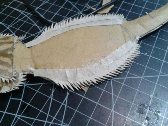 Δεν θα πιστεύετε ότι αυτό που έφτιαξε είναι απλά μια δημιουργία από χαρτόνι (7)