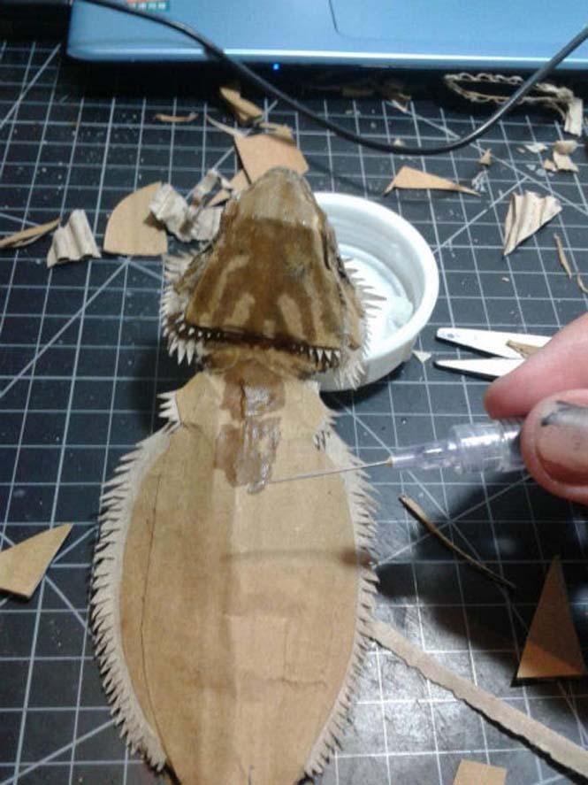 Δεν θα πιστεύετε ότι αυτό που έφτιαξε είναι απλά μια δημιουργία από χαρτόνι (9)