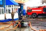 Το μαγικό χαλί των πυροσβεστών