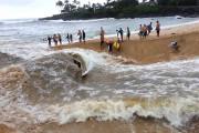 Surfing στις εκβολές ενός ποταμού