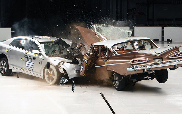 Crash Test μεταξύ παλιού και σύγχρονου αυτοκινήτου