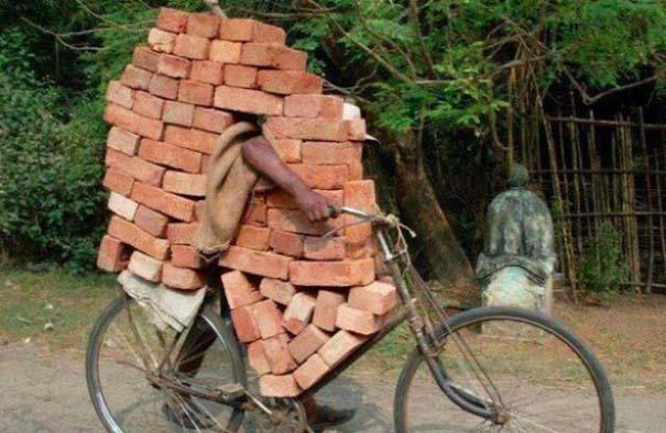 Εν τω μεταξύ στην Ινδία (10)
