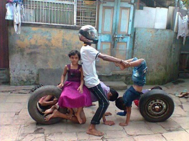 Εν τω μεταξύ στην Ινδία (18)