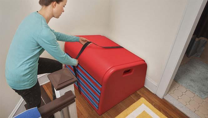 Το gadget που μετατρέπει οποιαδήποτε σκάλα σε τσουλήθρα (2)