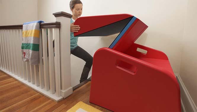 Το gadget που μετατρέπει οποιαδήποτε σκάλα σε τσουλήθρα (3)