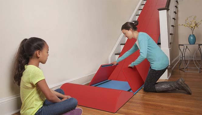 Το gadget που μετατρέπει οποιαδήποτε σκάλα σε τσουλήθρα (4)