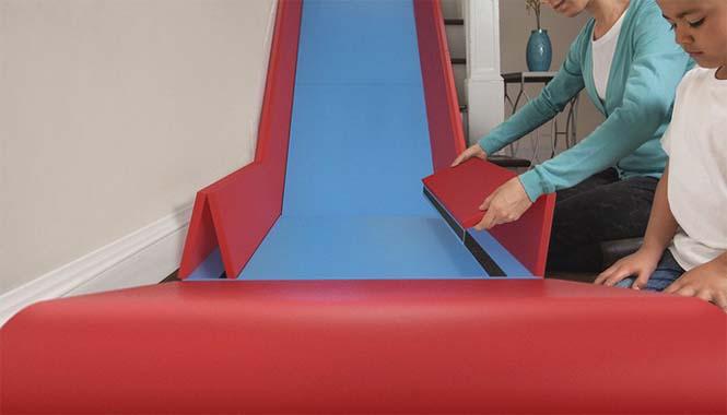 Το gadget που μετατρέπει οποιαδήποτε σκάλα σε τσουλήθρα (5)