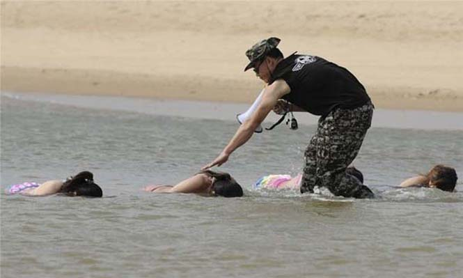 Γυναίκες σωματοφύλακες στην Κίνα (31)
