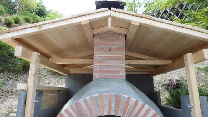 Η κατασκευή ενός ξυλόφουρνου (25)