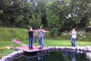 Ξεκαρδιστική φάρσα με bungee jumping σε μέλλοντα γαμπρό