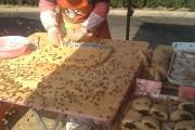 Μαγειρεύοντας με εκατοντάδες μέλισσες