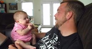 Μωρό 2 μηνών λέει «I love you» (Video)