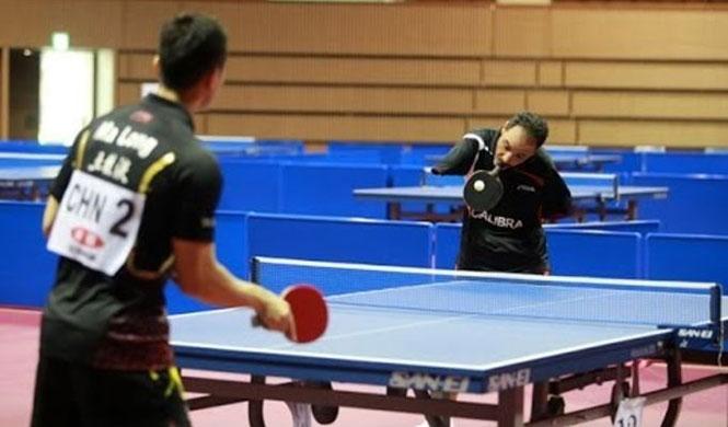 Παίκτης Ping Pong χωρίς χέρια