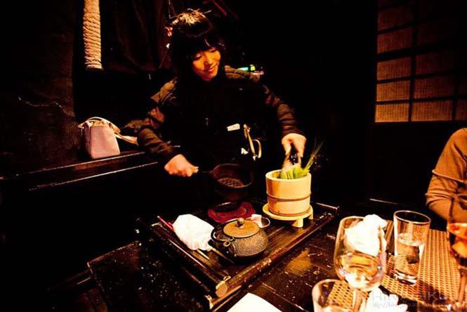 Περίεργα θεματικά εστιατόρια στην Ιαπωνία (22)