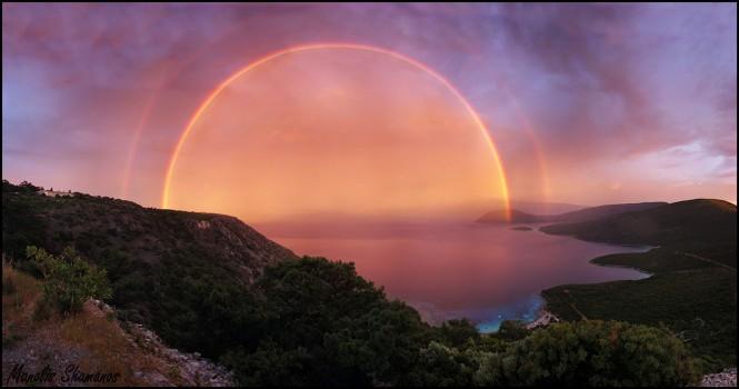 Το διπλό ουράνιο τόξο στη Σάμο που έκανε τον γύρο του διαδικτύου | Φωτογραφία της ημέρας