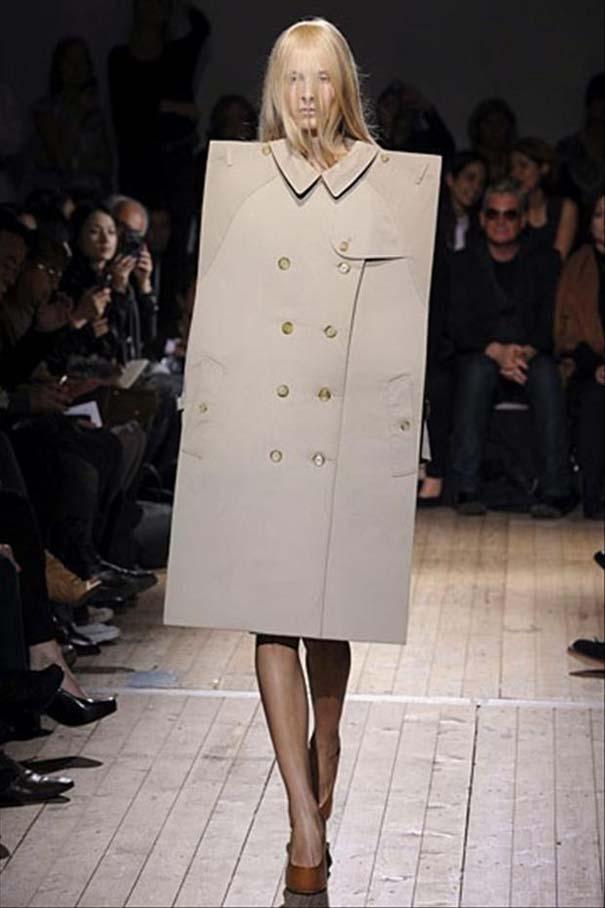 Τα πιο περίεργα πράγματα που έχουν φορεθεί σε μια επίδειξη μόδας (35)