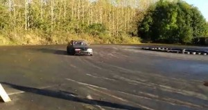 Πως να μην παρακολουθήσεις μια επίδειξη drifting (Video)