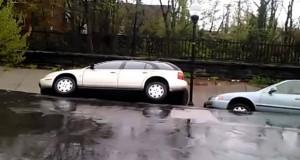 Τρομακτική κατολίσθηση στη Βαλτιμόρη κατάπιε αυτοκίνητα μπροστά σε πανικόβλητους ανθρώπους (Video)