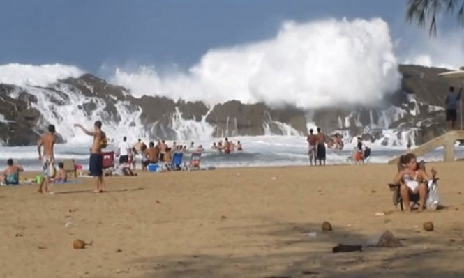 Vega Baja: Η εντυπωσιακή παραλία που ξεχωρίζει και προκαλεί δέος