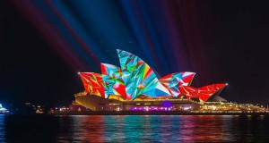 Vivid Sydney: Το εκθαμβωτικό φεστιβάλ των χρωμάτων