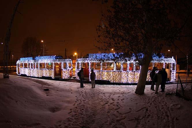 30.000 φωτάκια LED και μακρά έκθεση μετέτρεψαν τα τραμ της Βουδαπέστης σε χρονομηχανές (2)