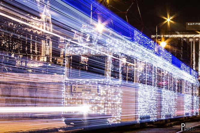 30.000 φωτάκια LED και μακρά έκθεση μετέτρεψαν τα τραμ της Βουδαπέστης σε χρονομηχανές (4)
