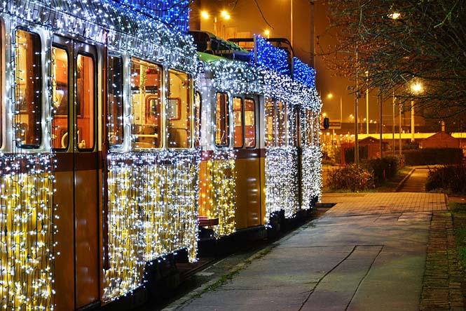 30.000 φωτάκια LED και μακρά έκθεση μετέτρεψαν τα τραμ της Βουδαπέστης σε χρονομηχανές (6)