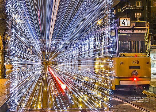 30.000 φωτάκια LED και μακρά έκθεση μετέτρεψαν τα τραμ της Βουδαπέστης σε χρονομηχανές (8)
