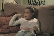 Η αντίδραση ενός κοριτσιού όταν της κάνουν δώρο ένα κουτάβι