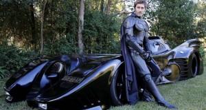 Batmobile με άδεια κυκλοφορίας