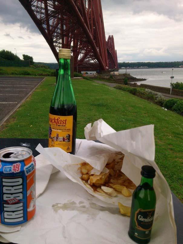 Εν τω μεταξύ, στη Σκωτία... (17)