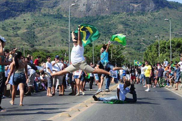 Εν τω μεταξύ, στη Βραζιλία... (12)