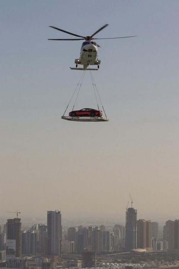 Εν τω μεταξύ, στο Dubai... (4)