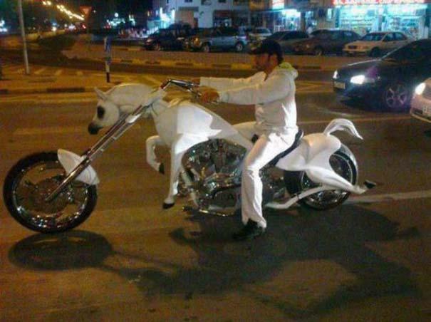 Εν τω μεταξύ, στο Dubai... (7)