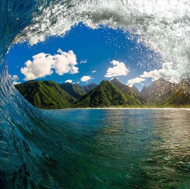 Εντυπωσιακές φωτογραφίες μέσα σε γιγάντια κύματα (20)