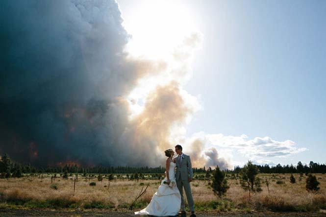 Φωτογράφηση γάμου με φόντο δασική πυρκαγιά (11)