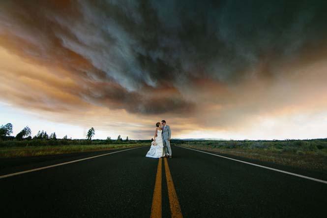 Φωτογράφηση γάμου με φόντο δασική πυρκαγιά (14)