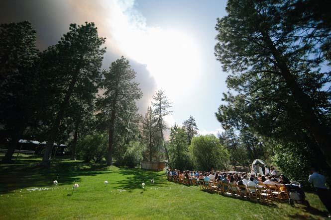 Φωτογράφηση γάμου με φόντο δασική πυρκαγιά (3)