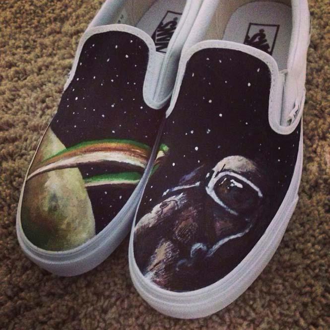 Καλλιτέχνης ζωγραφίζει απίστευτες εικόνες σε παπούτσια (10)