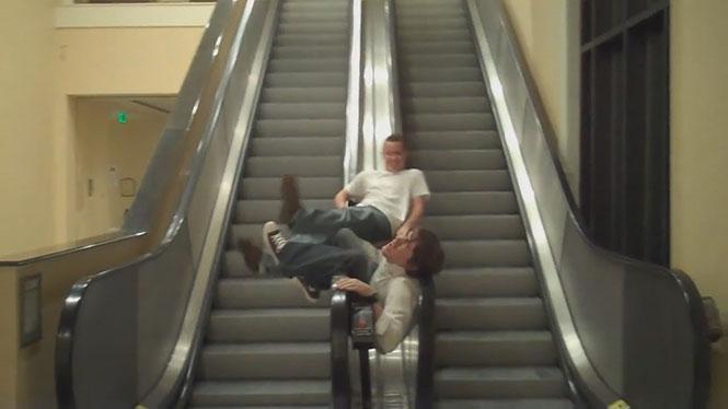 Τα μεγαλύτερα Fails σε κυλιόμενες σκάλες