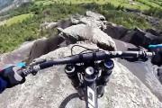 Mountain biker που κόβει την ανάσα