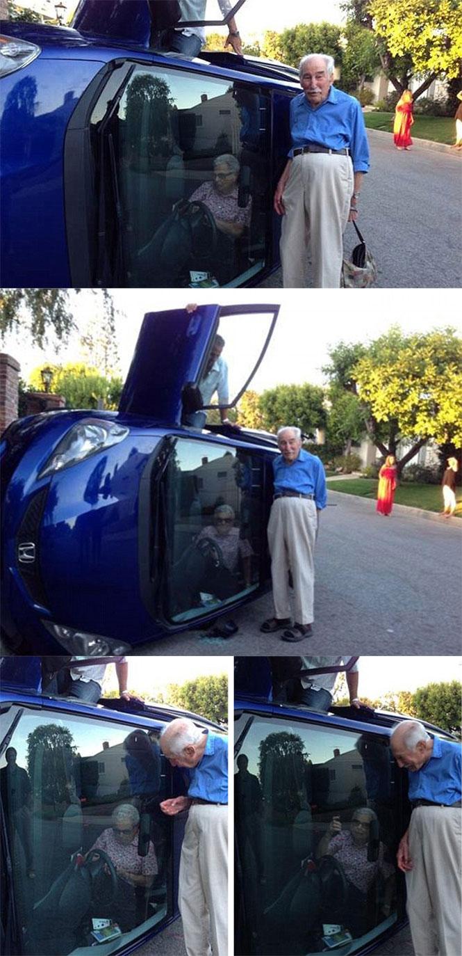 Παππούς ποζάρει μετά από τροχαίο με τη γιαγιά εγκλωβισμένη στο αυτοκίνητο | Φωτογραφία της ημέρας