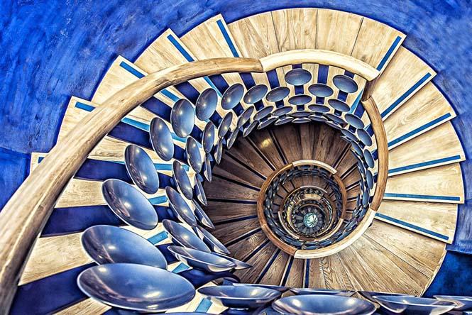 Σπιράλ σκάλες (1)