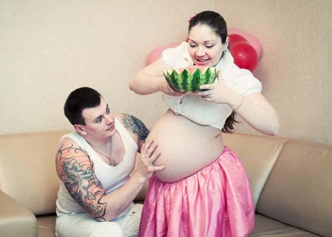 Τάισε την γυναίκα του ένα ολόκληρο καρπούζι και δείτε τι έγινε... (10)