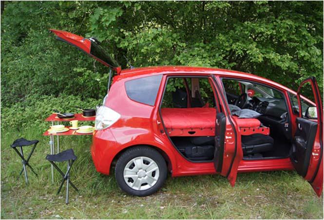 Βαλίτσα που μετατρέπει το αυτοκίνητο σε camping (3)