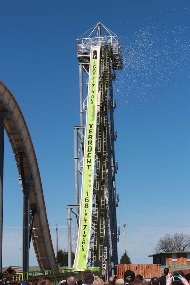 Verrückt: Η ψηλότερη, γρηγορότερη και πιο απότομη νεροτσουλήθρα του κόσμου (1)