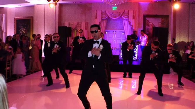 Χορογραφία - έκπληξη γαμπρού και φίλων για τη νύφη
